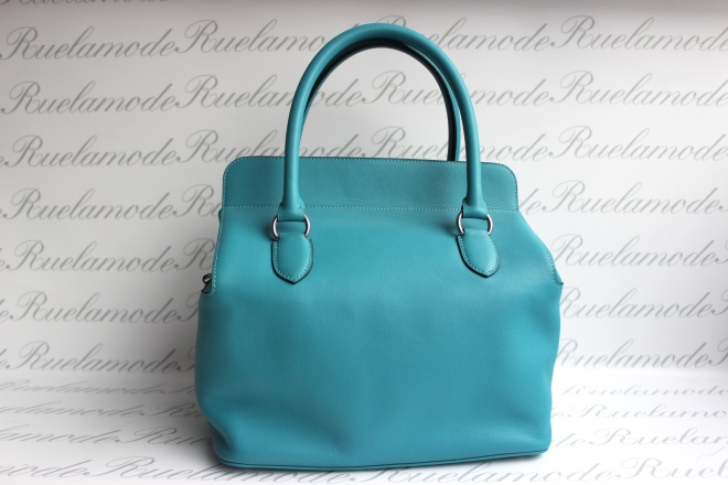 hermes-toolbox-26-turquoise-back