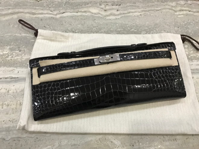 Hermes kelly cut Croc Black Shiny PHW.JPG